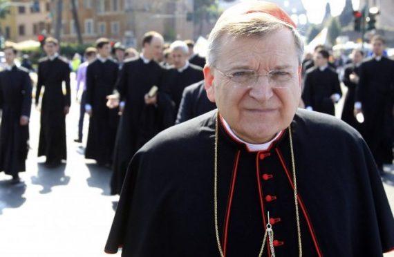 cardinal Burke messe traditionnelle pape François