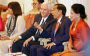 Où Mike Pence, vice-président des Etats-Unis, salue la culture islamique de l'Indonésie