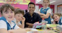 Une école britannique introduit la «neutralité de genre» sous l'œil complaisant de la BBC