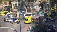 Une camionnette a percuté la foule ce jeudi 17 août après-midi sur les Ramblas, l'avenue la plus touristique de Barcelone. Un premier bilan fait état d'au moins deux morts et de  plusieurs blessés.