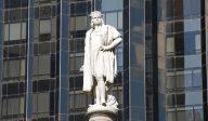 Le maire de New York, Bill de Blasio, envisage de faire enlever la statue de Christophe Colomb