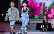 La Chine aussi fait des défilés de beauté pour mini-miss