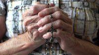 Appel pour les rosaires du 7 octobre. Le monde va mal?La solution est entre nos mains…