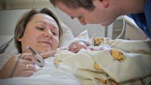 Mieszko, premier patient en soins palliatifs néonataux de la Fondation Gajusz, né avec une anomalie létale et accompagné jusqu'au bout par son papa et sa maman
