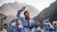 En Chine, les écoles primaires de l'Armée rouge inculquent le patriotisme et le communisme aux enfants