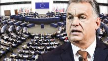 Trois procédures et une audition: la Commission européenne attaque Budapest devant la Cour de Justice de l'UE et le Parlement européen discute de l'état de droit en Hongrie
