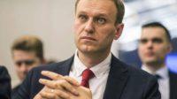 Un tribunal russe vient d'ordonner la fermeture de la fondation d'Alexei Navalny, qui appelle à boycotter l'élection présidentielle russe