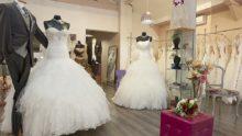 Discrimination antichrétienne: une boutique de robes de mariées ferme sous la menace LGBTQ