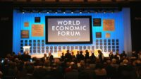 Prise de contrôle d'internet par l'intelligence artificielle (AI): le scénario fait frémir le Forum économique mondial