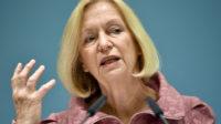Johanna Wanka, ministre allemand de l'éducation, a violé la loi constitutionnelle en critiquant l'AfD dans un communiqué officiel