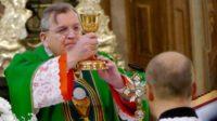 Le cardinal Burke a envisagé une possible excommunication pour résistance aux enseignements qui s'éloignent de la doctrine de l'Eglise