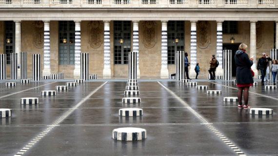 Daniel Buren démantèlement installation street art Palais Royal