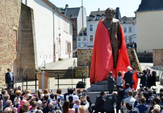 Jean Claude Juncker éloge Karl Marx Trèves communisme