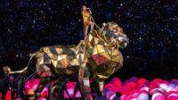La pop star Katy Perry, qui revendique avoir vendu son âme au diable, parle de méditation transcendantale au Vatican lors de la Conférence 2018