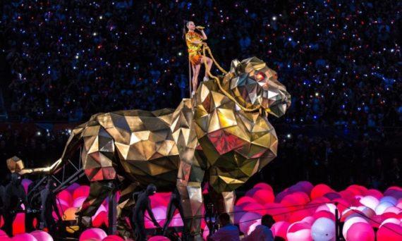 Katy Perry méditation transcendantale Vatican conférence 2018