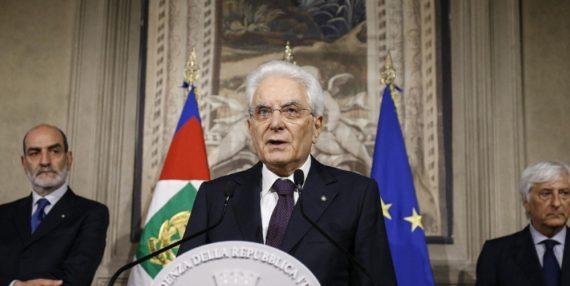 Mattarella coup Etat italie presse britannique
