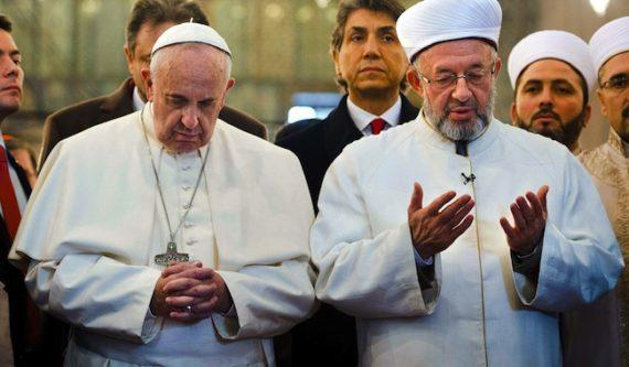 Pape François Assimiler Islam Terrorisme Mensonge Ridicule