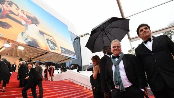 Révolution Mondialiste Parade Cannes Cohn Bendit Herrou