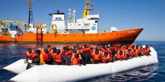 Détresse Mot Justifie Invasion Europe Migrants Réfugiés Accueil