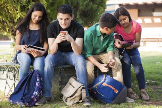 Facebook adolescents américains Pew