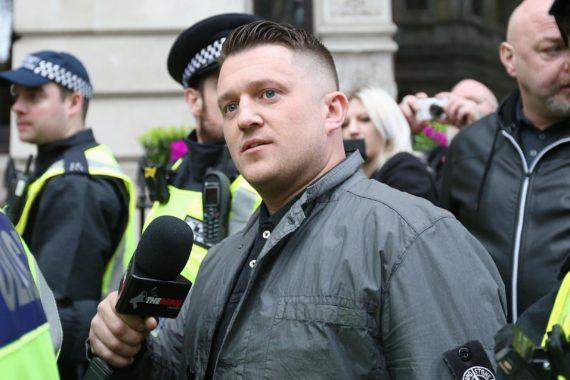 Tommy Robinson Leeds suicide politique élite