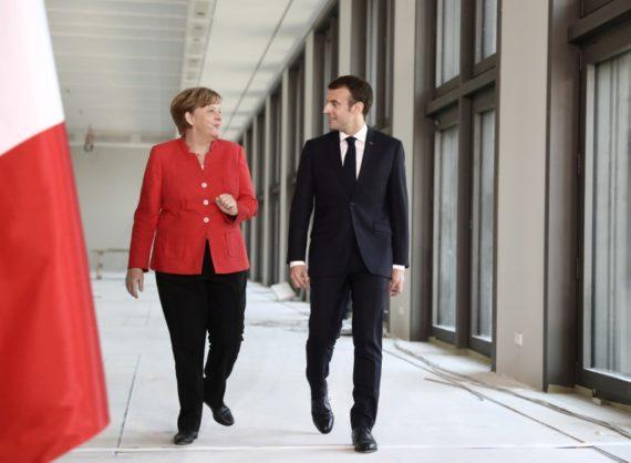 UE Angela Merkel freine ambitions fédéralistes Emmanuel Macron