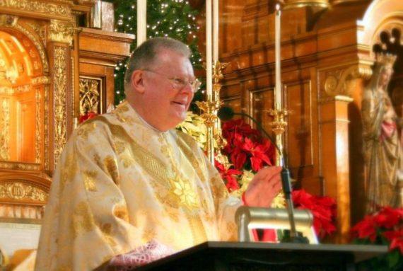 prêtre catholique traditionnel Innocent puni cardinal Cupich Chicago