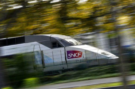 suppression petites lignes SNCF métro Grand Paris France périphérique