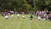 L'école interdit aux parents de participer à la journée sportive de leurs enfants: ce serait dangereux et potentiellement discriminant