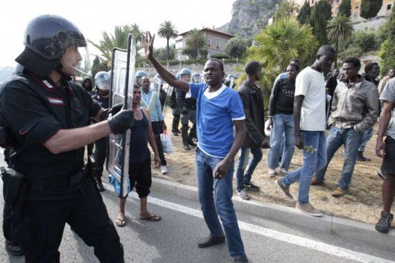 Italie populiste arrivees migrants chutent 80