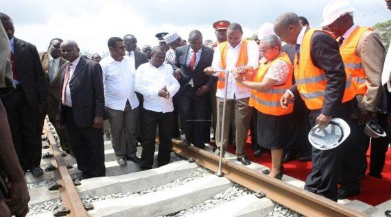 Kenyans racisme Chinois chemin fer