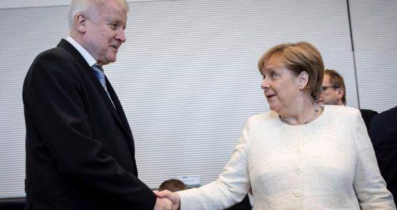Merkel Seehofer immigration Autriche frontières