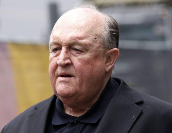 Mgr Philip Wilson prison pas signalé abus sexuels pretre
