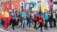 Royaume-Uni: colère contre une directrice d'école primaire qui voulait faire participer tous les élèves à une Gay Pride LGBT