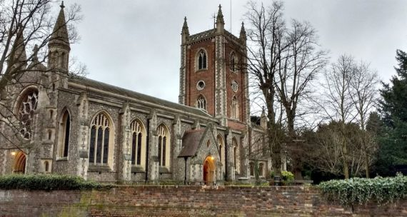 église Angleterre voit chuter dons planifiés