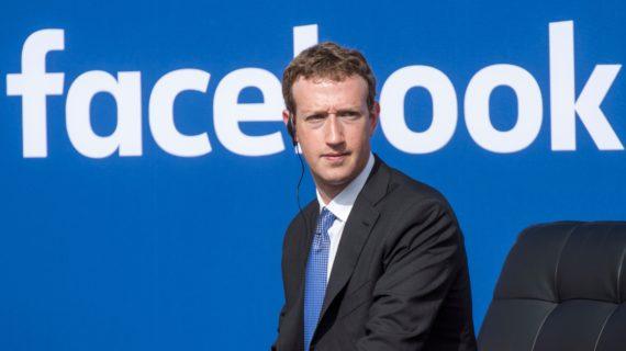 négationnistes bannis Facebook