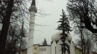 Pologne – Une adolescente ukrainienne se transforme en musulmane radicalisée au contact d'une mosquée de Varsovie financée depuis l'Arabie saoudite