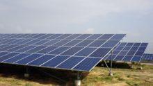 La Commission européenne décide la suppression des taxes sur panneaux solaires chinois dans le marché européen