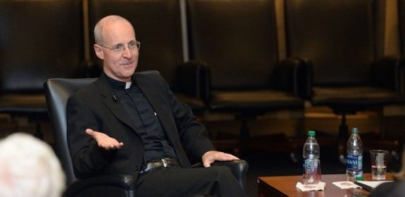 James Martin accuse orthodoxie message LGBT approuvé Vatican