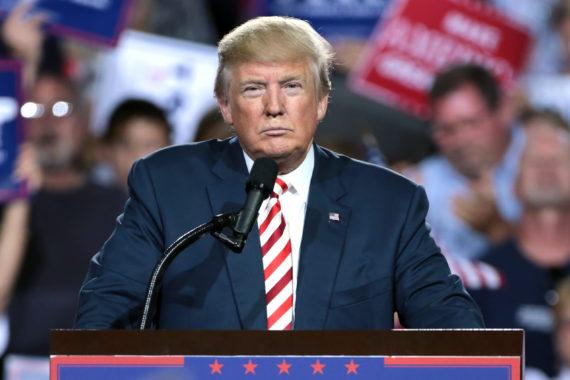 Trump mi Mandat Médias Fou Idiot Coupable Réussir