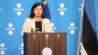 Censure de gauche: Vera Jourova, commissaire européen, veut réglementer l'expression des médias dans l'UE