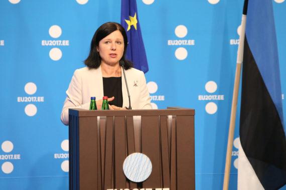 UE commissaire médias censure