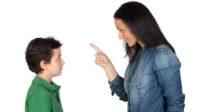 Dictature du genre au Royaume-Uni: menaces de suivi des services sociaux pour les parents refusant à leurs garçons de porter des jupes