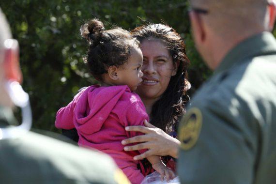 Droit sol Donald Trump immigrés clandestins bébé