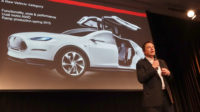 Les automobiles électriques de Tesla dorment dans des entrepôts, le réchauffiste Al Gore au secours d'Elon Musk?