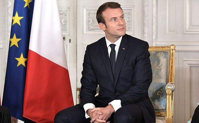 Macron Photo Nick Conrad Vidéo Amour Haine République
