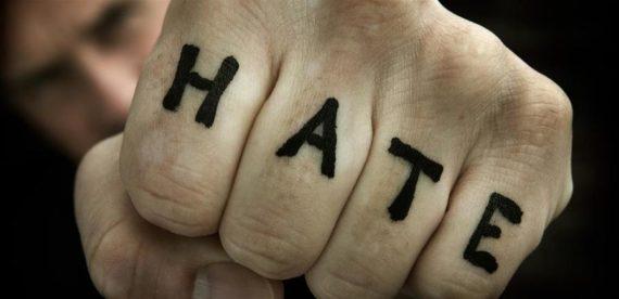 Parlement européen création polices spécialisées lutte haine