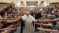 Témoignage: comment les jeunes ont «orienté» le synode (à gauche)