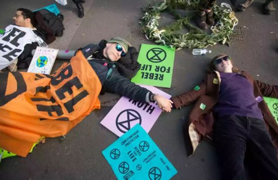 Extinction Rebellion Climat Rowan Williams écologistes révolutionnaires