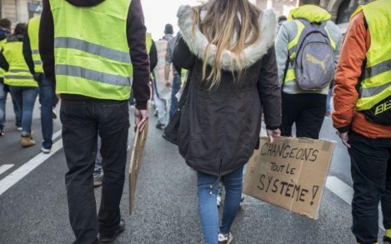 Gilets Jaunes Valls Francais Croient Democratie